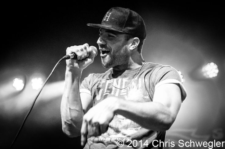 Photos of Sam Hunt from April 11th 2014 at Saint Andrews Hall in Detroit, Michigan