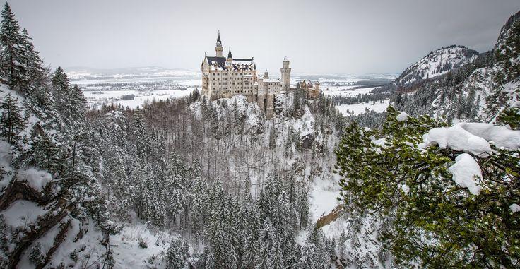 Η λεγόμενη Ρομαντική Οδός, από το Βίρτσμπουργκ ως τις Άλπεις, είναι ένα από τα πιό συναρπαστικά οδικά ταξίδια