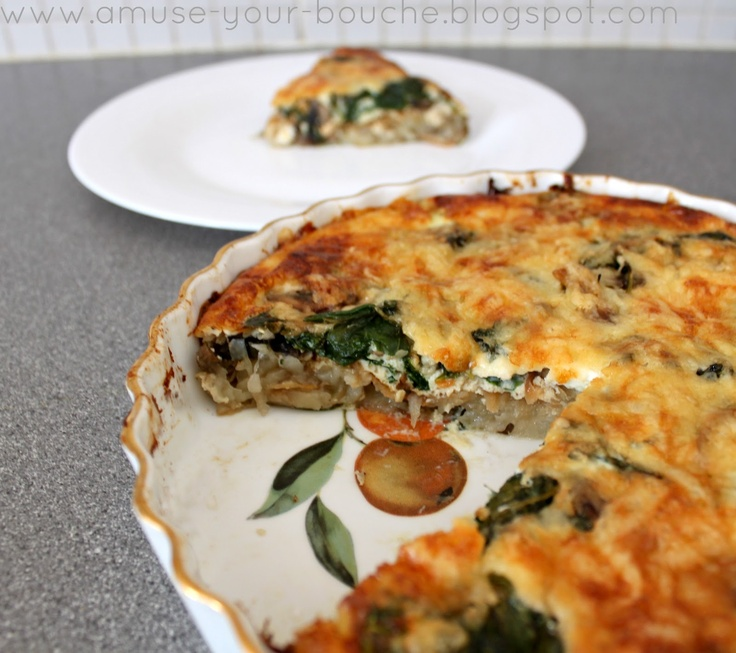 Spinach and mushroom quiche with potato hash crust [Amuse Your Bouche]