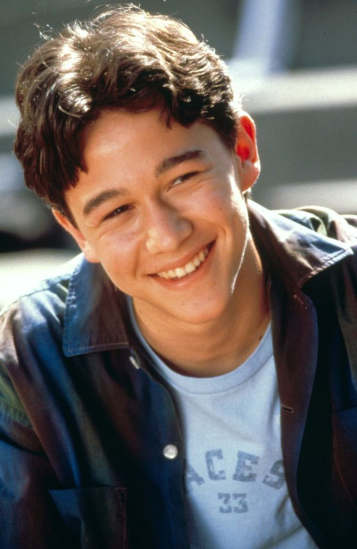 8 Male Child Stars Who Got WAY Hot | Joseph gordon levitt ...