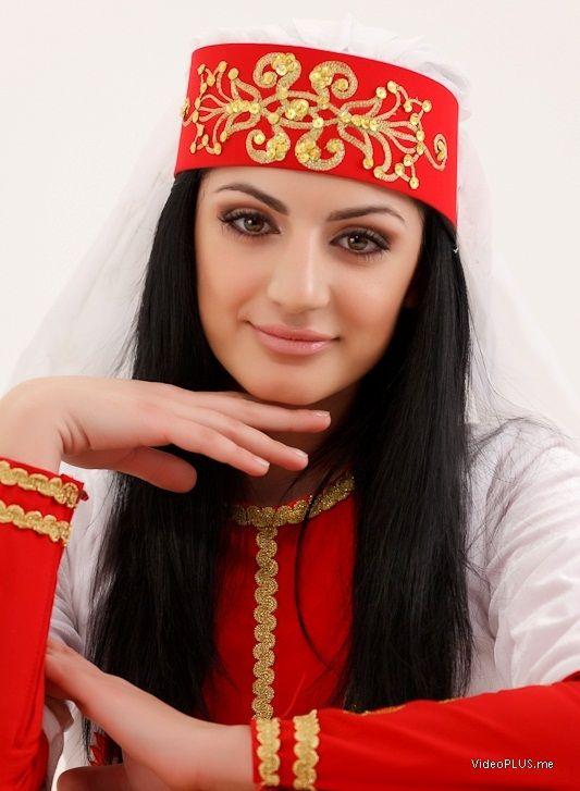 картинка армянка для армянина проработанные многоцветные