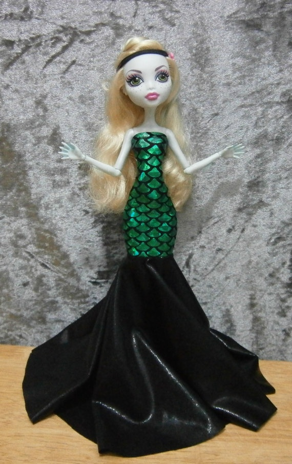 Mermaid style gown for monster high dolls by moonsight68 on Etsy, $20.00