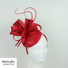 facinators cairns, fascinator cheap, fascinator for raceday, fascinators, fascinators online, fascinators townsville, fashions on the field, floral fascinator, raceday fascinator, raceday fashion, wedding fascinators, wedding hairpiece,