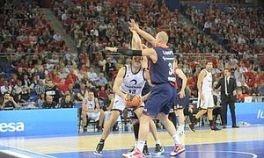 El Baskonia golpea primero