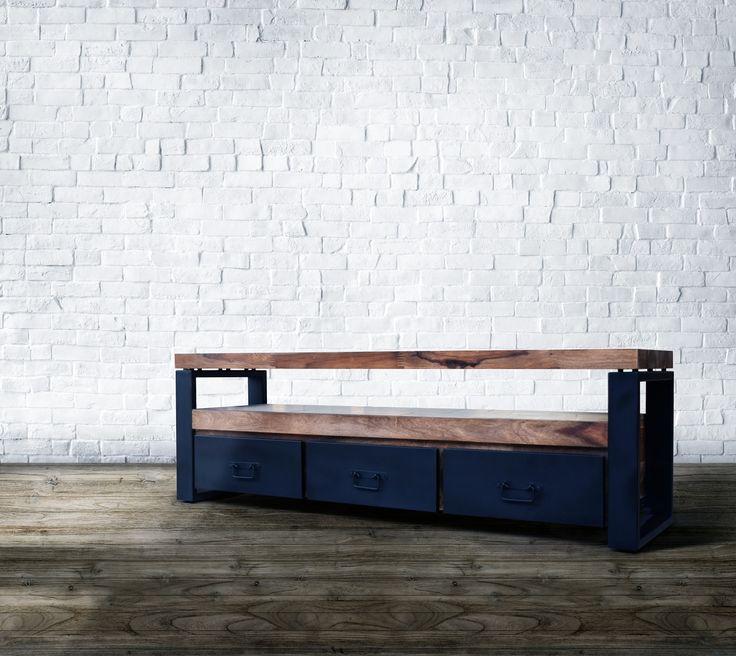 Tv Bord i Industrielt Design - http://indieliving.dk/shop/tv-bord-hayfay-443p.html