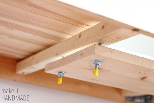 Make It Handmade: Easy DIY IKEA Sewing Table Hack  I WANT!   I have the table, just need someone to make the shelf!