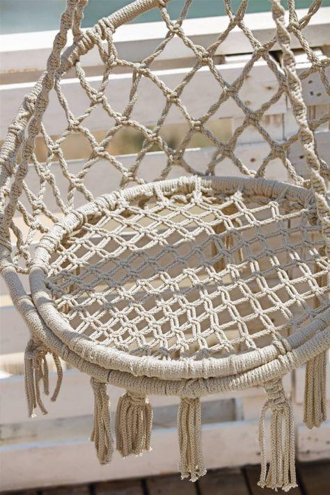 Macrame Hanging Chair, Macrame Chairs, Hanging Beds, Hanging Chairs, Diy Hanging, Diy Yarn Earrings, Diy Cat Hammock, Macrame Owl, Patterned Chair