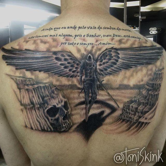 #Tatuagem por @ToniSkink, São Paulo, Brasil. Para ter uma #tattoo como essa, ligue 55 11 2659 2003, WhatsApp 11 96886 6623 ou escreva para skinktoni@gmail.com - Siga também @SkinkTattooSP #TattooBR #TattooBrasil #TattooSP #TattooZN #TattooJardins #BlackWork #Ink #Inked #Tattooed #angeltattoo #anjotattoo