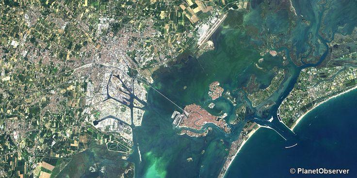 Venice, Italy – PlanetSAT 15 satellite image (08/2013)