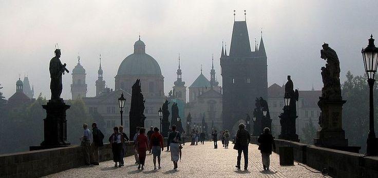 Recorridos para conocer encantos de Praga - http://www.absolutpraga.com/recorridos-para-conocer-encantos-de-praga/