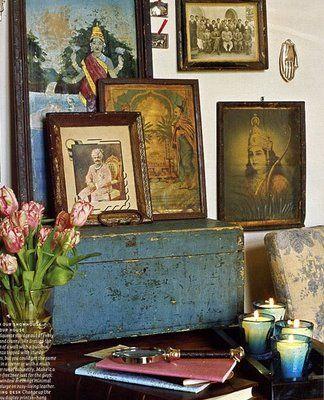 wonderful vignette using a vintage trunk