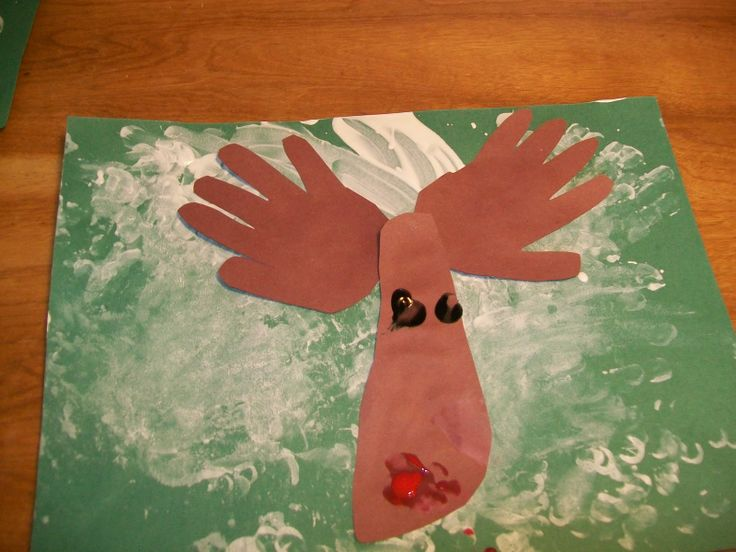 christmas crafts for toddlers | Little Hands, Big Messes: A Christmas Craft for Toddlers