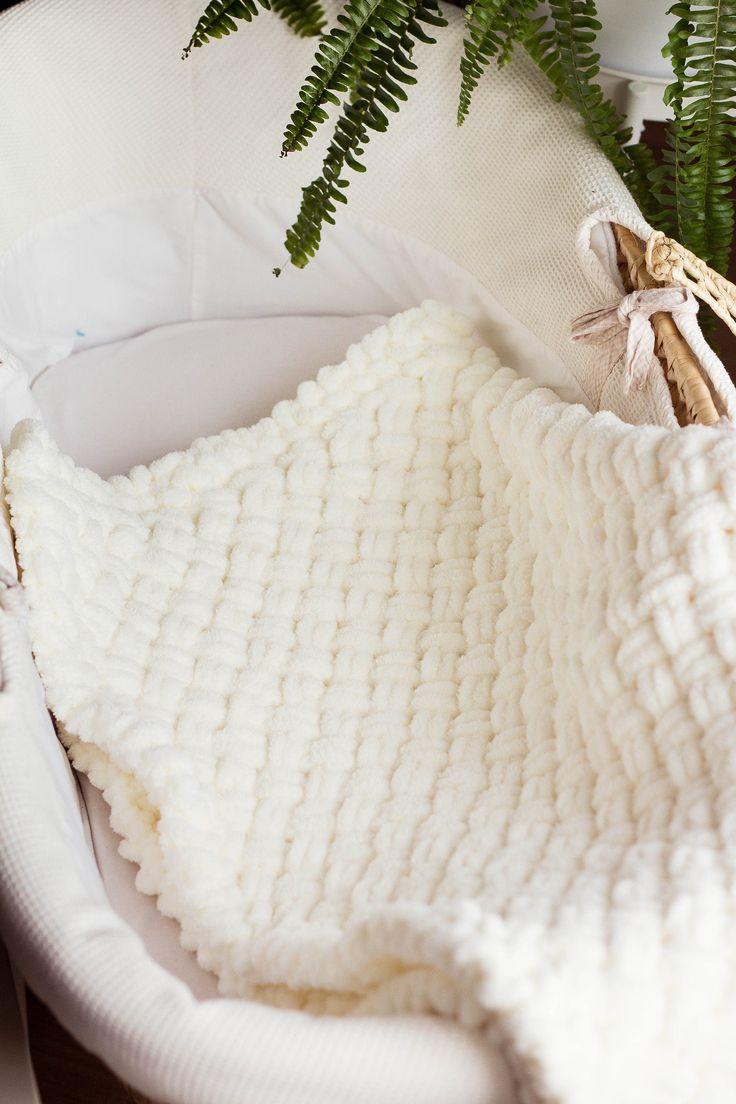 knitting blanket neutral