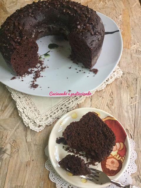 Cucinando e Pasticciando: Ciambellone al cioccolato con Kefir cotto nel Vers...