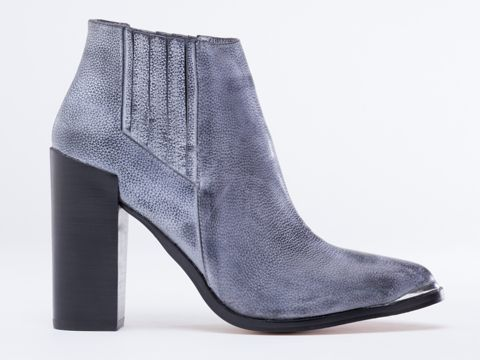 Senso | $209.95 | via solestruck