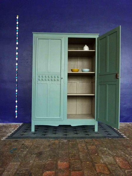 1000 id es sur le th me armoire ancienne sur pinterest. Black Bedroom Furniture Sets. Home Design Ideas