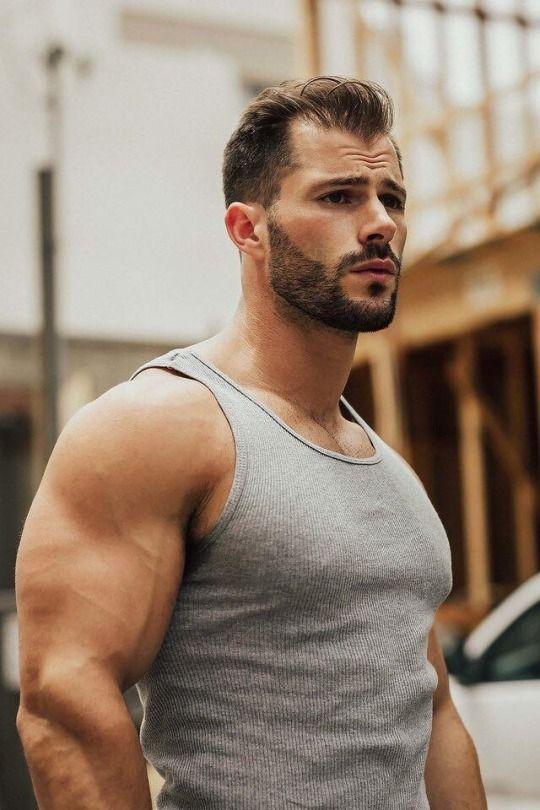 ปักพินในบอร์ด Hot Guy Sexy Men