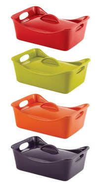 Rachel Ray 3 1/2 Qt Lasagna Dish is HOT right now on Amazon! 4 colors & 50% off! Perfect for those Holiday Dinners!