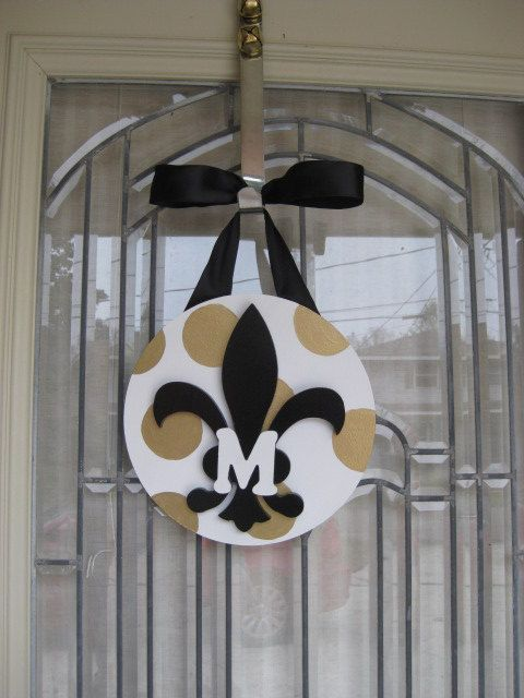 New Orleans Saints black and gold polka dot WITH INITIAL fleur de lis door decoration, custom painted, Cajun, Southern, Hostess Gift, Party