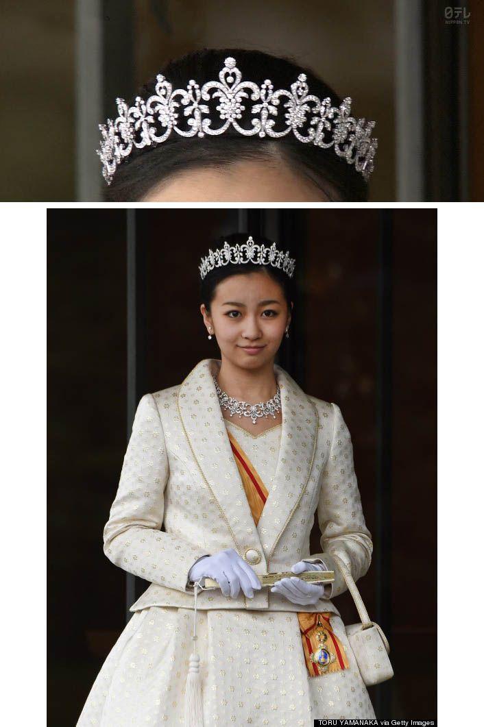 佳子さまのご意向は一切反映されないのか? 「これまで成人された高円宮家などの女王方には、好みのデザインを取り入れてもらった方もいます。今回、佳子さまはシンプルなものをお望みのようです。佳子さまが将来結婚して、皇室を離れるときには、国家財産であるティアラは置いていき、国が保管します。だから、後の時代の人がつけてもおかしくないものとお考えです」(同) ※週刊朝日 2013年6月7日号 Japan's