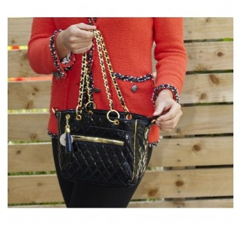 ooooo fancy lunch?  Keep your sushi succulent in style