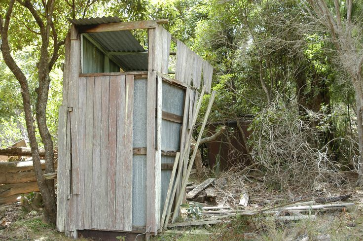 Davis whaling station Twofold Bay Eden, NSW, Australia, Ceased operation 1929.  The Dunny ( outhouse ),