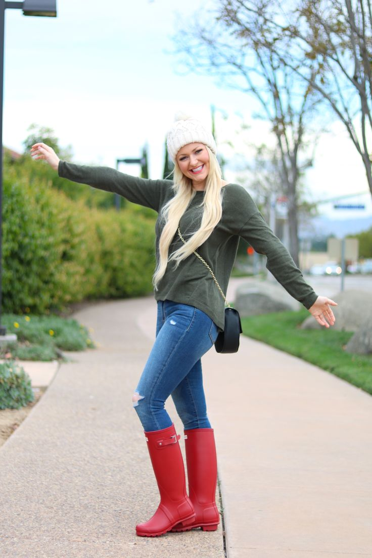 red hunter boots military red white beanie
