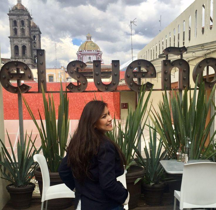 """Hoy te quiero presentar una terraza en Puebla que me ha enamorado: El Sueño Hotel & Spa, esun hotel boutique que alberga """"La tentación"""" un restaurante-bar-terraza, en el centro de la cuidad (9…"""