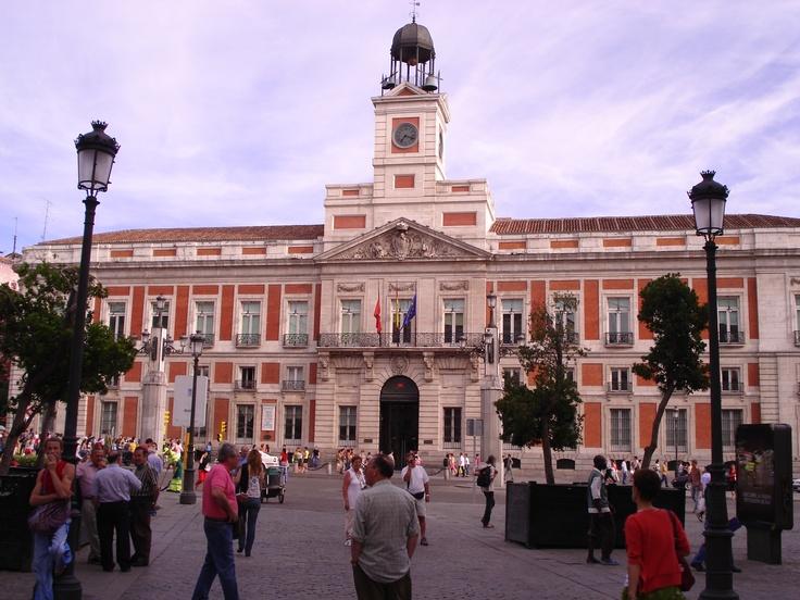 Best 25 madrid spain map ideas on pinterest madrid for Puerta del sol madrid spain