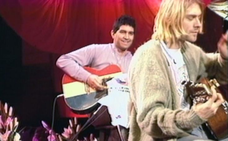 Pat Smear playing a Buck Owens American Acoustic Guitar during the Nirvana MTV Unplugged Concert in New York.