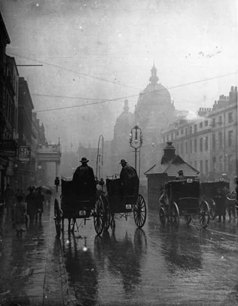 Rainy London 1890's.