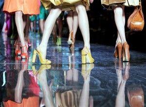 """Fashion Night Sfilata di Moda Riccione 27 luglio 2013. La sfilata di abiti da sera, da giorno, sportivi e da sposa, di giovani allieve stiliste """"MP Moda""""."""