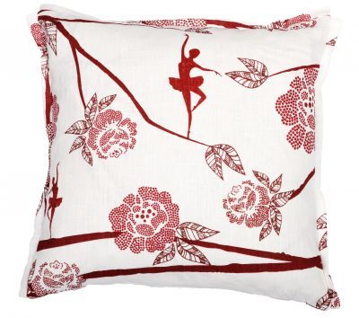 Mairo Ballerina cushion cover. Designed by Sandra Lööv.
