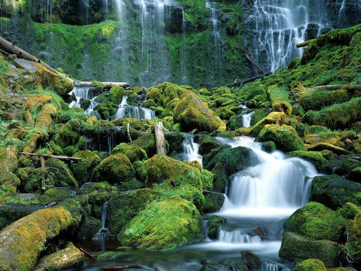 waterfall_87.jpg 1,600×1,200 pixels
