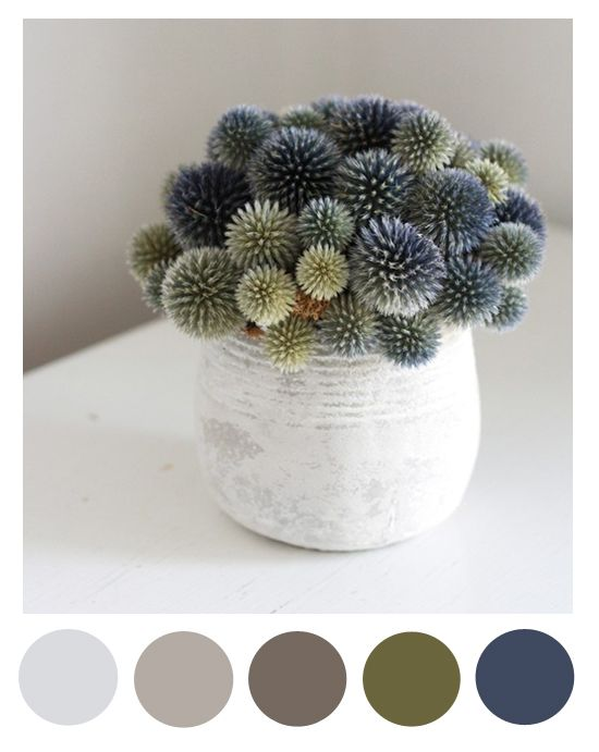 Spring thistle color palette (grey, beige, green, navy)