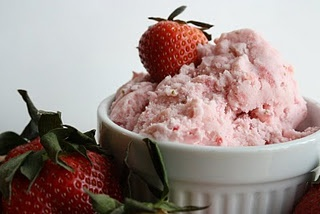 Strawberry Vanilla Bean Ice cream | Desserts | Pinterest | Vanilla ...