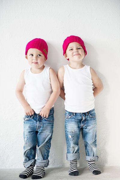 kids beanie in acrylic