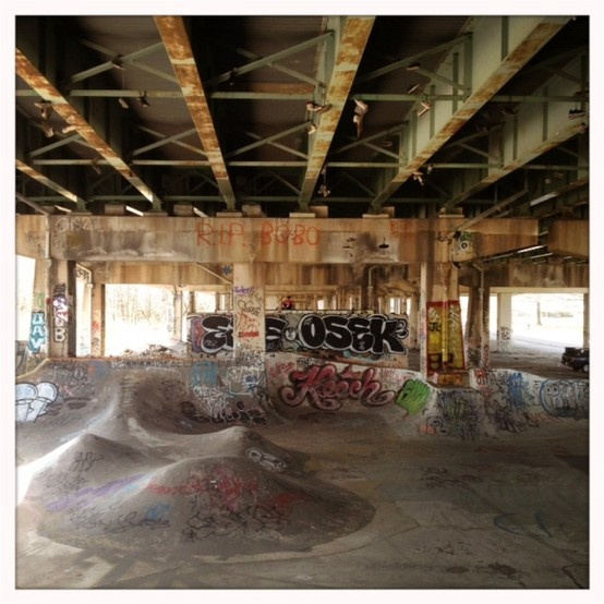 another excellent use of underpasses that are otherwise unused. also bam margera skated there which makes it 10 times more awesome