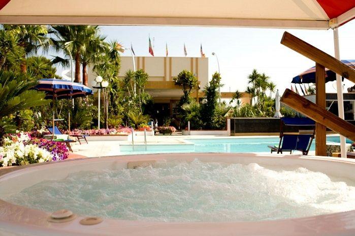 http://www.htlreservation.com/swap.aspx?Htlreservation=Hotel-Villa-Bisceglie