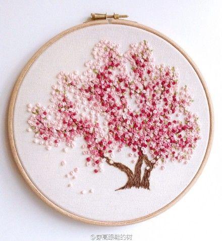 Pink Flower Tree - Embroidery 穿高跟鞋的树的微博_weibo