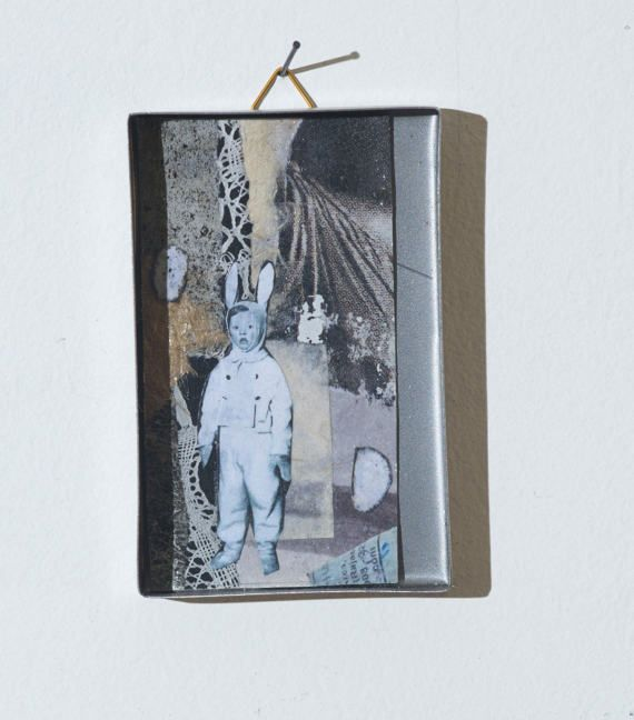 collage in a box 15 di SMALLUNIVERSES su Etsy
