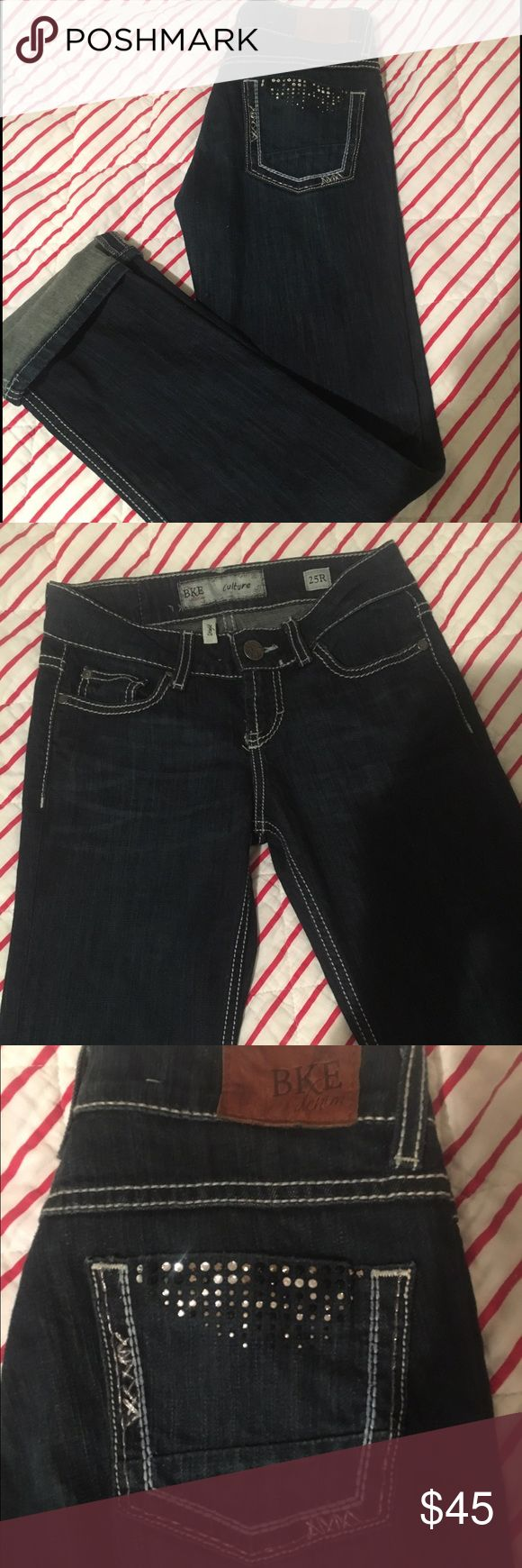 BKE Buckle Denim Jeans Straight leg BKE's, size 25. Never worn, purchased as a gift and they just don't fit me! All gems on back pockets are on, no rips, perfect condition. Super cute! BKE Pants Straight Leg