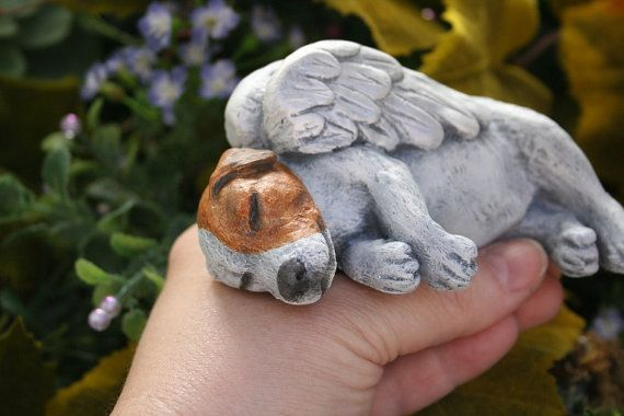 Jack Russell Terrier Dog Angel Concrete Memorial di PhenomeGNOME
