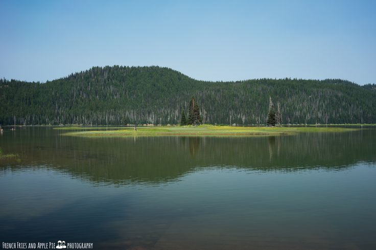 Sparks Lake, Cascades Lakes Scenic Byway. Bend, Oregon