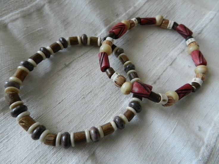 Bone and wood beads stretchy bracelet