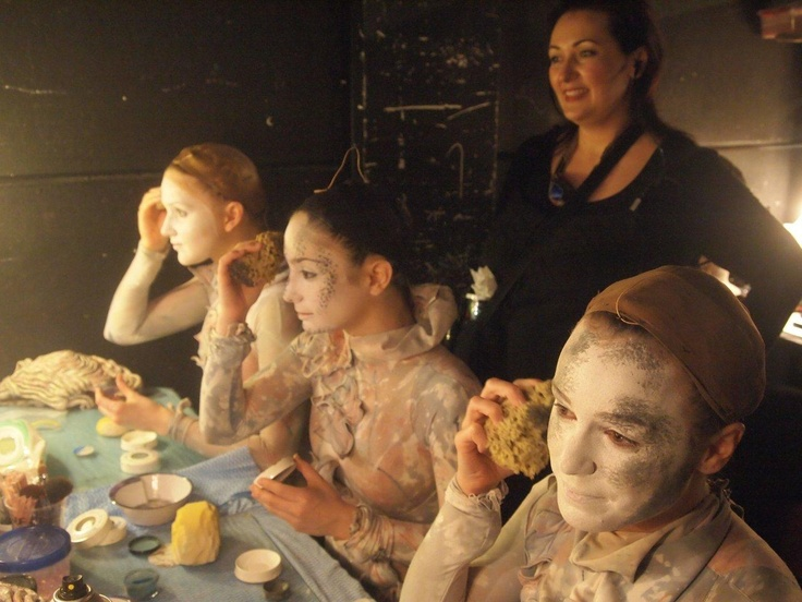 Statue make up - Mary Poppins