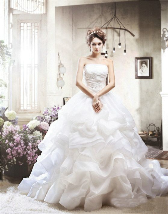 Perfect Korean Wedding Dresses 3