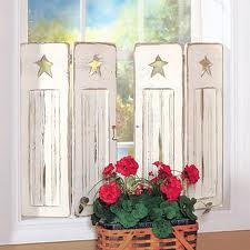 shutters!  I really Like this for in my kitchen.....better get Grub to work!
