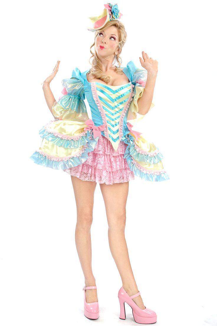 halloween costume renaissance marie antoinette