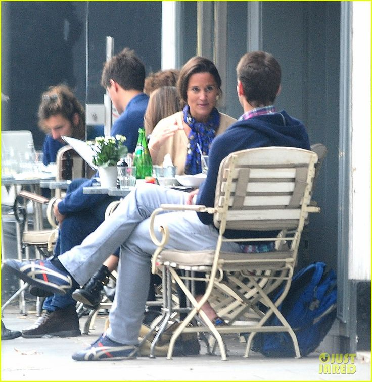 Pippa Middleton Goes for a Friendly Lunch with Ex Alex Loudon | pippa middleton goes for a friendly lunch with ex alex loudon 18 - Photo
